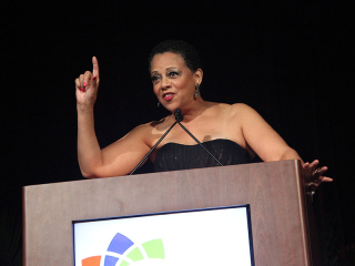 Joset Wright-Lacy addressing the audience at the 2015 NMSDC Awards banquet