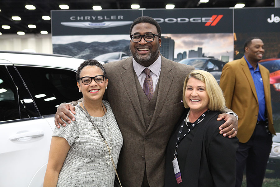 Joset Wright-Lacy with attendees at the 2015 Business Opportunity Exchange